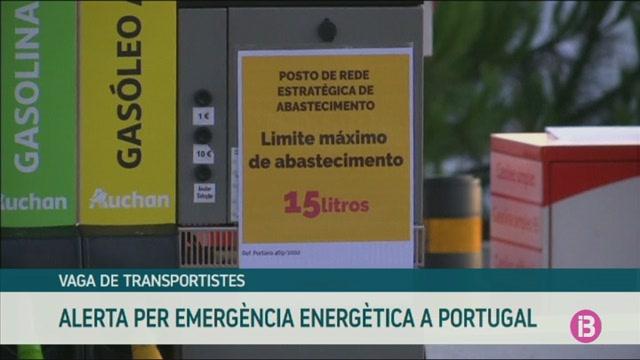 Comen%C3%A7a+la+vaga+dels+transportistes+de+mat%C3%A8ries+perilloses+de+Portugal