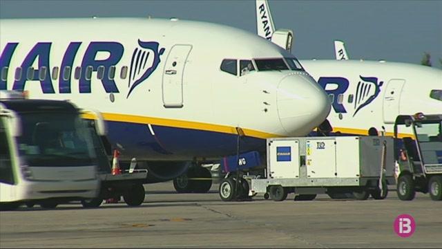 Els+tripulants+de+cabina+de+Ryanair+convoquen+deu+dies+de+vaga