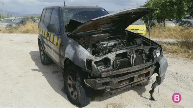 El+Govern+denuncia+dos+atacs+a+cotxes+d%27Agents+de+Medi+Ambient