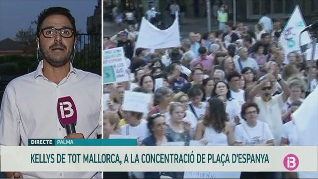 M%C3%A9s+de+400+cambreres+de+pisos+es+manifesten+pels+seus+drets+a+Palma
