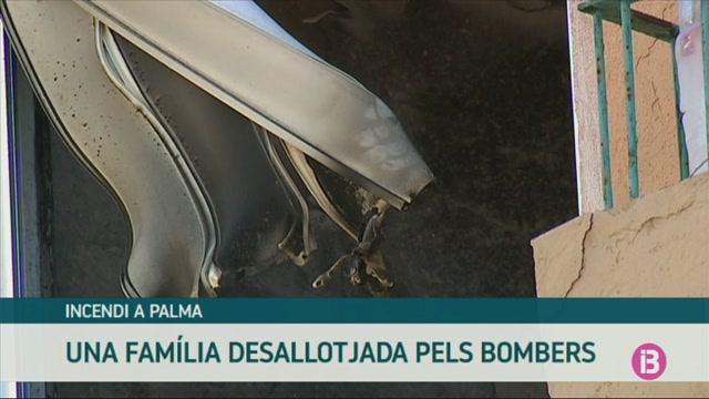 Una+fam%C3%ADlia+desallotjada+pels+bombers+a+Palma