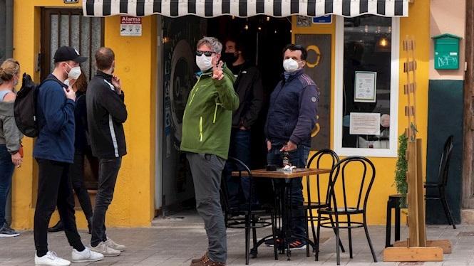 Mallorca+i+Eivissa+podran+obrir+l%26apos%3Binterior+de+bars+i+restaurants+fins+les+18h+a+partir+del+diumenge