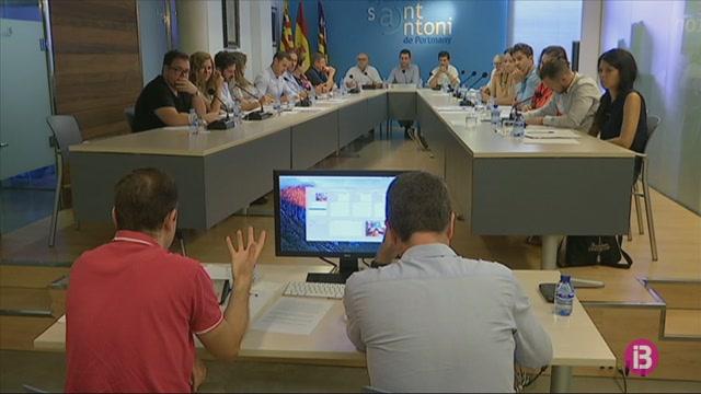 Sant+Antoni+rebutja+anul%C2%B7lar+la+pla%C3%A7a+nova+de+cap+operatiu+adjunt+de+la+Policia+Local