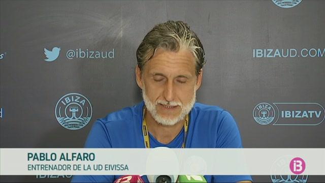 La+UD+Eivissa+rep+un+equip+hist%C3%B2ric+al+seu+fort%C3%AD