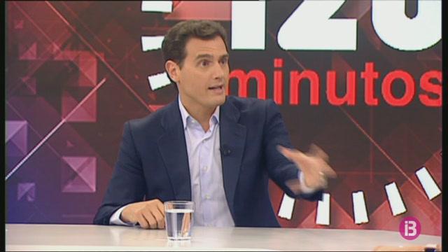 Rivera+s%27ofereix+a+seure%27s+tant+amb+el+PP+com+amb+el+PSOE%2C+i+Casado+i+S%C3%A1nchez+creuen+que+s%C3%B3n+l%27%C3%BAnica+alternativa