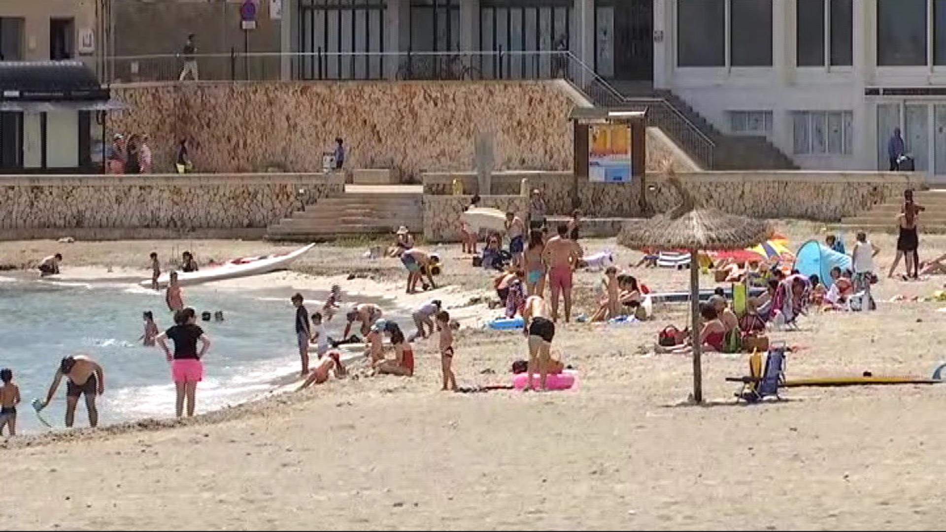 Manacor+promociona+les+seves+platges+com+a+Covid-free+perqu%C3%A8+no+tendran+gandules%2C+parasols+ni+xibius