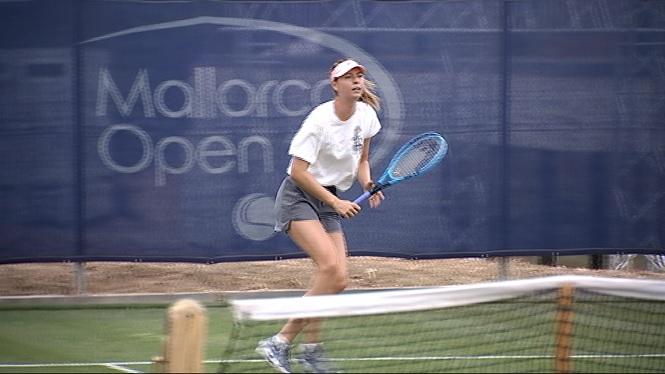 Sharapova+ja+prepara+l%27estrena+al+Mallorca+Open