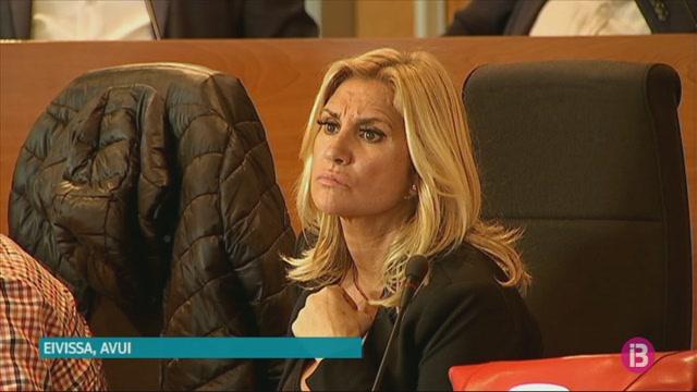 Marta+D%C3%ADaz+passa+a+ser+consellera+no+adscrita+del+Consell+d%27Eivissa