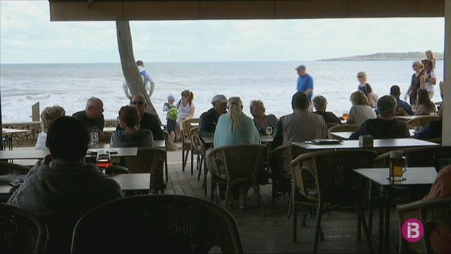Els+turistes+del+llevant+de+Mallorca%2C+els+qui+m%C3%A9s+pernocten+a+l%27illa