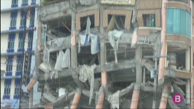 Almenys+cinc+morts+a+un+terratr%C3%A8mol+a+l%27illa+filipina+de+Mindanao