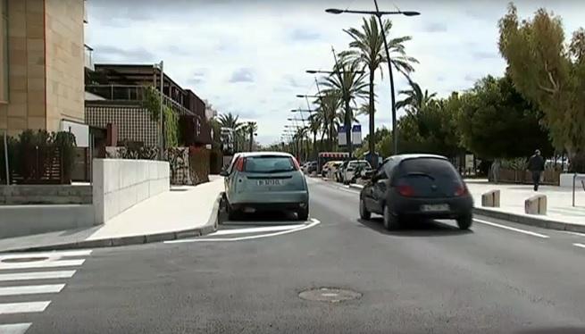 El+passeig+de+Joan+Carles+I+s%27ha+reobert+al+tr%C3%A0nsit