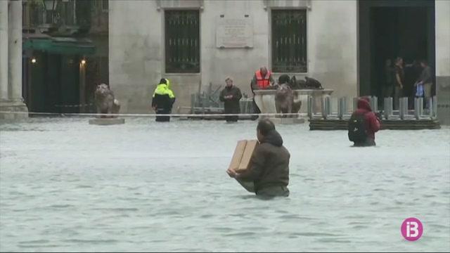 Un+70%25+de+la+ciutat+de+Ven%C3%A8cia%2C+inundada