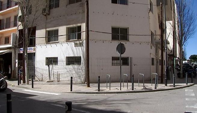 Comencen+a+Eivissa+les+feines+d%27enderroc+per+aixecar+el+nou+Centre+d%27Acollida+Municipal
