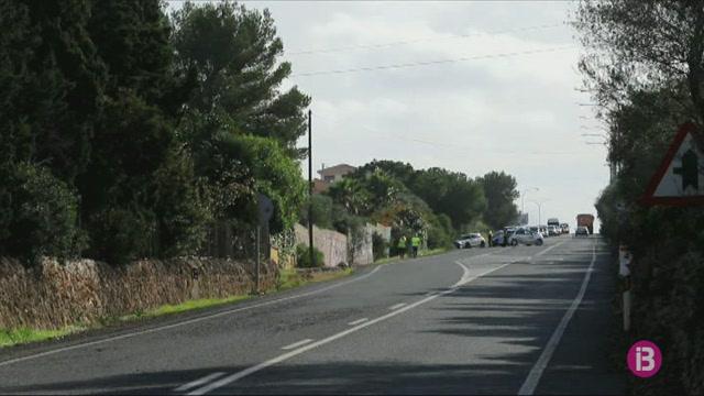 Mor+un+motorista+de+40+anys+en+un+accident+amb+un+cami%C3%B3+a+la+carretera+del+Cap+Blanc