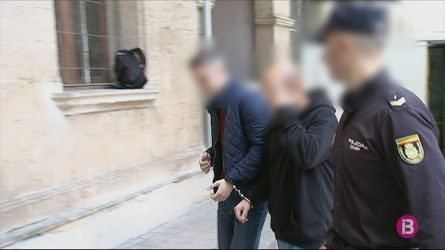 Detinguts+dos+homes+per+robar+i+cremar+un+prost%C3%ADbul+a+Palma