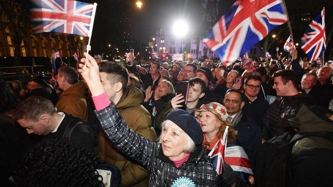 Incertesa+entre+els+balears+residents+al+Regne+Unit%2C+despr%C3%A9s+de+fer-se+efectiu+el+Brexit