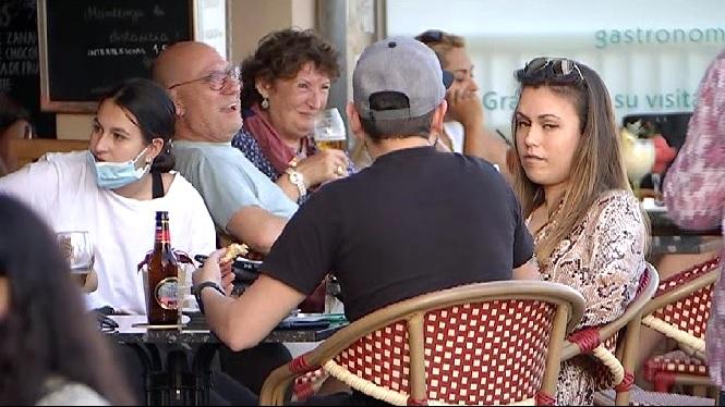 Sense+aglomeracions+el+primer+vespre+de+sopars+a+les+terrasses+de+Mallorca