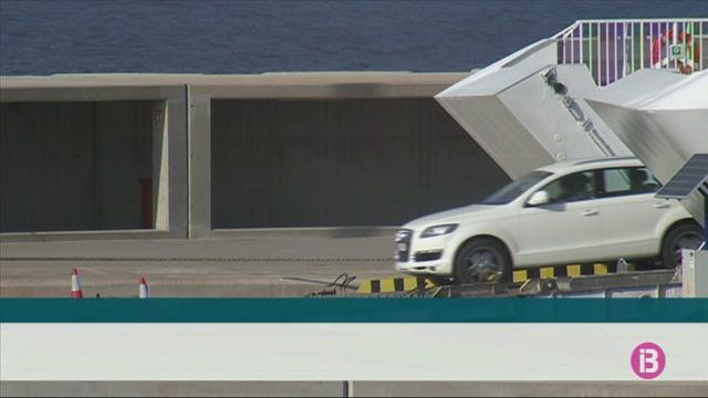 La+patronal+dels+rent+a+car+demana+que+no+entrin+cotxes+de+lloguer+a+Menorca