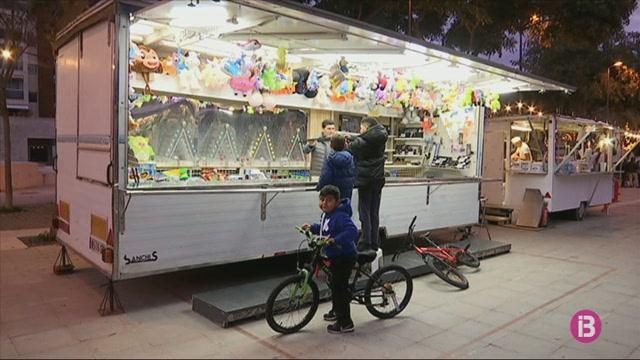 Molts+dels+paradistes+dels+mercats+de+Nadal+no+estan+satisfets+de+com+han+anat+les+vendes