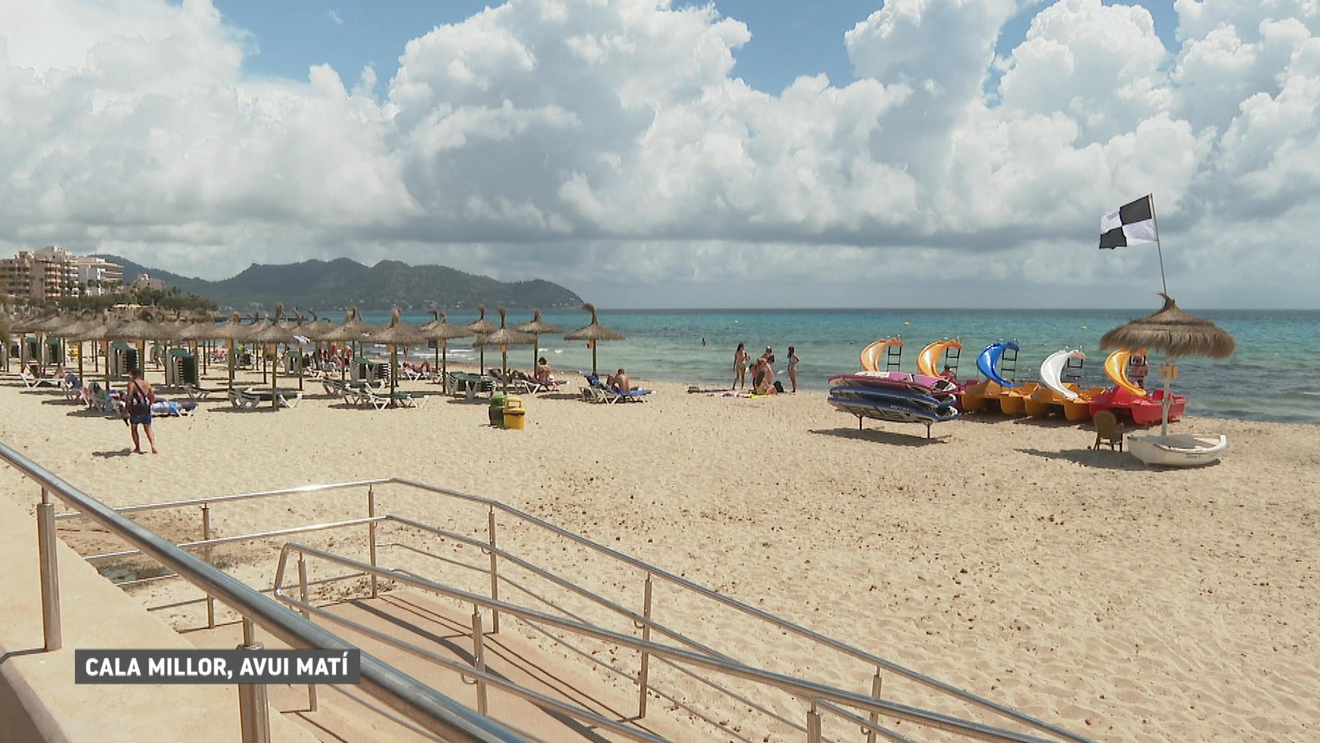 Tanquen+platges+per+la+revetlla+de+Sant+Joan%3A+Cala+Millor+tindr%C3%A0+dos+horaris