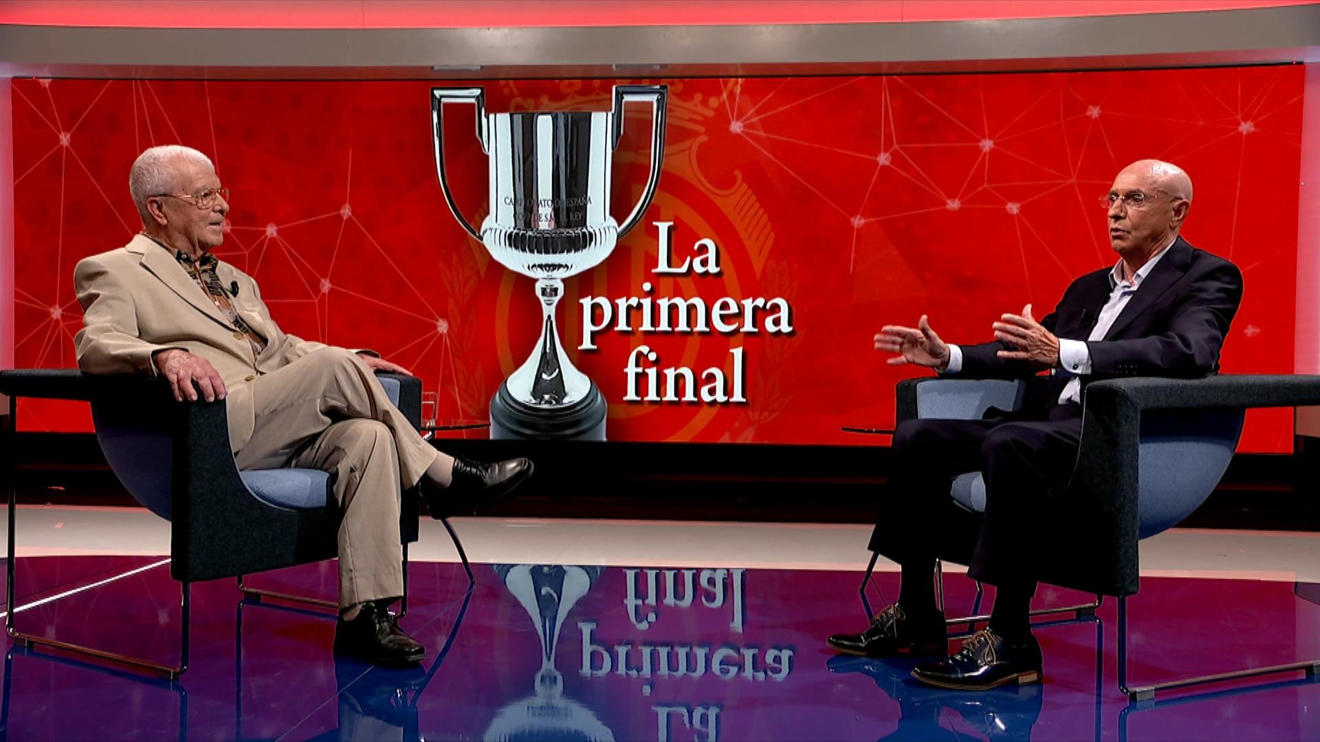 Miquel+Contest%C3%AD+i+Lloren%C3%A7+Serra+Ferrer+reviuen+la+primera+final+de+Copa
