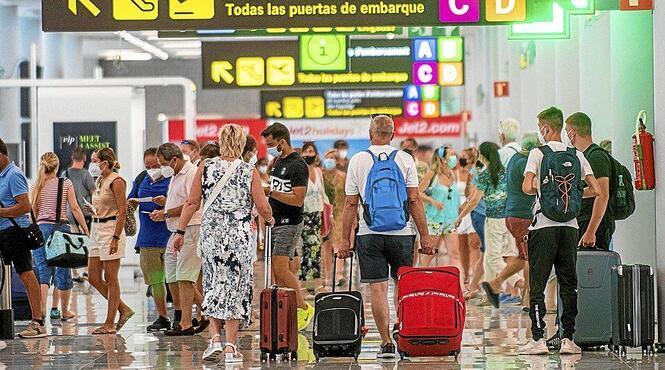 L%26apos%3Baeroport+de+Palma+recupera+el+50%2525+del+tr%C3%A0nsit+aeri+d%26apos%3Babans+de+la+pand%C3%A8mia%3A+2.400.000+passatgers+el+juliol