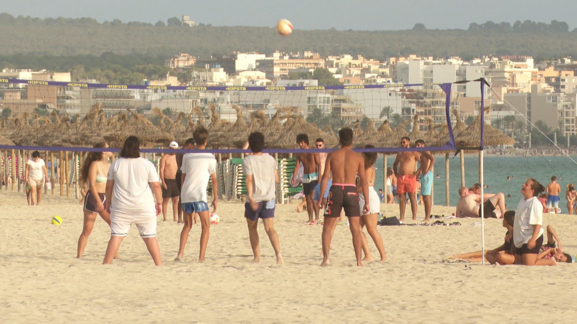 Baixen+les+reserves+tur%C3%ADstiques+a+Mallorca+per+a+final+d%26apos%3Bagost
