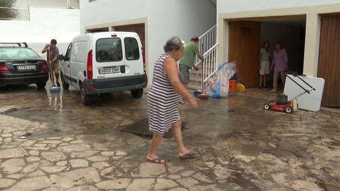Neteja+i+avaluaci%C3%B3+de+danys+despr%C3%A9s+de+la+tempesta+al+nord+de+Mallorca