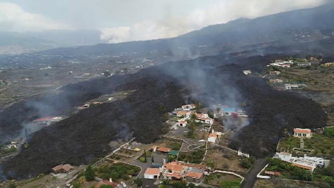 Els+experts+del+Pevolca+dubten+ara+que+les+colades+de+lava+de+La+Palma+arribin+a+la+mar