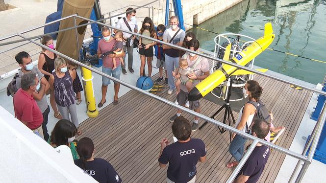 El+SOCIB+obre+les+portes+del+Vaixell+Oceanogr%C3%A0fic+per+celebrar+la+Nit+de+la+Recerca