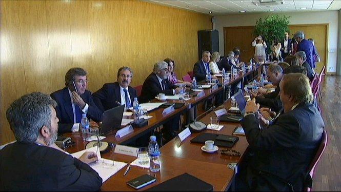 PP+i+Ciutadans+signen+un+acord+per+investir+Rajoy