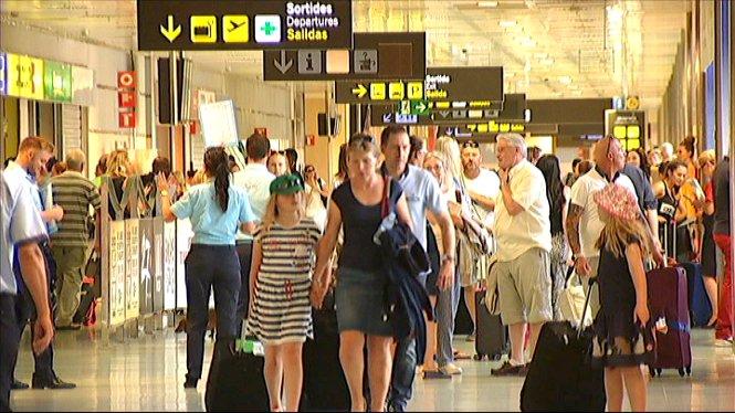 L%27aeroport+d%27Eivissa+ha+estrenat+aquesta+setmana+6+noves+rutes+internacionals