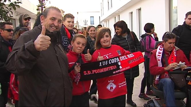 Aix%C3%AD+va+viure+l%27afici%C3%B3+el+Formentera-Sevilla+de+Copa