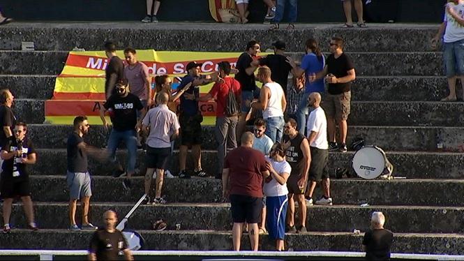 Aldarulls+a+la+graderia+en+el+partit+entre+el+Const%C3%A0ncia+i+el+Mallorca