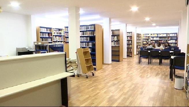 Algaida+estrena+l%27ampliada+i+modernitzada+biblioteca