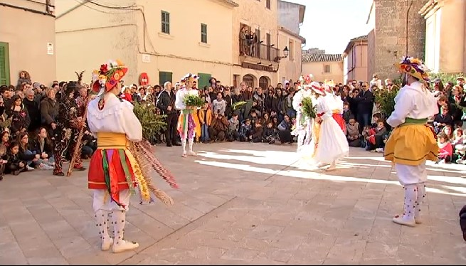 Algaida+celebra+Sant+Honorat+amb+el+ball+dels+cossiers