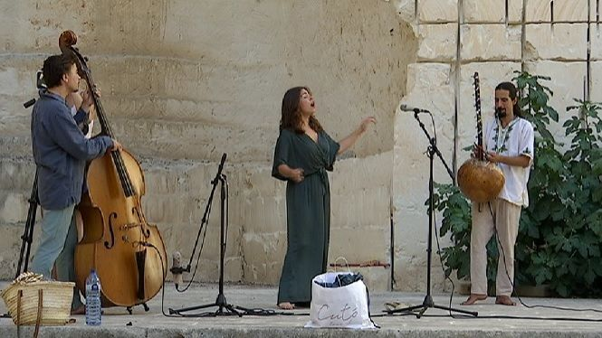 La+cantautora+Anna+Ferrer+presenta+Tel%C2%B7l%C3%BAria+a+Menorca