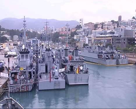 La+Base+Naval+de+Porto+Pi+acull+maniobres+per+entrenar+la+desactivaci%C3%B3+de+mines+aqu%C3%A0tiques