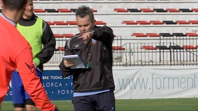 El+Formentera+perd+Kiko+per+enfrontar-se+a+l%27Ontinyent