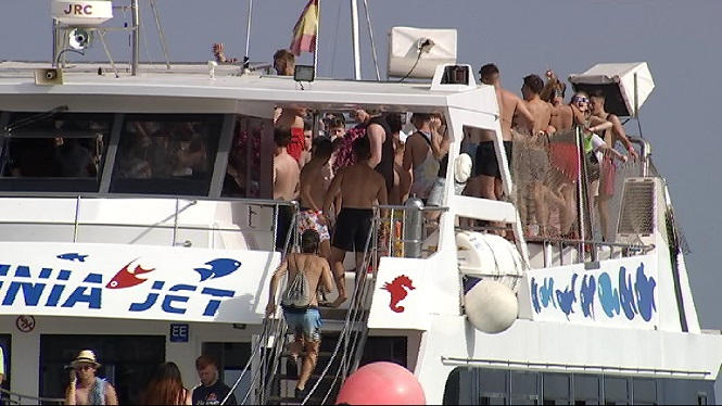 Les+LIC+i+ZEPA+del+litoral+podrien+convertir-se+en+zones+lliures+de+%26%238220%3Bparty+boats%26%238221%3B