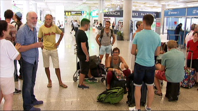 Torna+la+normalitat+als+aeroports+de+Palma+i+Eivissa+despr%C3%A9s+d%27una+jornada+de+cancel%E2%80%A2lacions