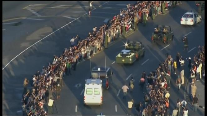 La+caravana+amb+les+cendres+de+Castro+inicia+el+viatge+cap+a+Santiago