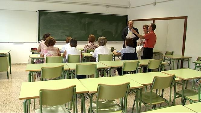 Comencen+les+classes+als+centres+d%27educaci%C3%B3+per+a+adults