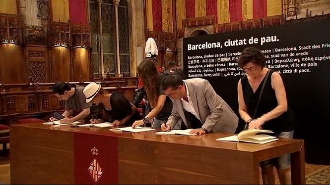 Les+mostres+de+condol+no+aturen+a+Barcelona