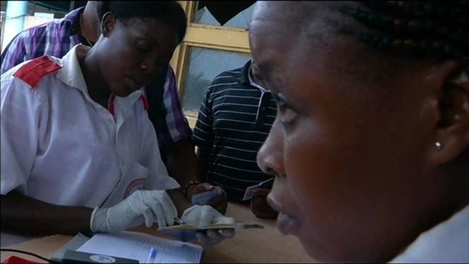 Puja+fins+als+26+el+nombre+de+persones+mortes+al+Congo+per+culpa+de+l%27ebola