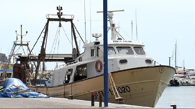 Subvencions+per+desballestar+una+barca+de+bou+en+actiu