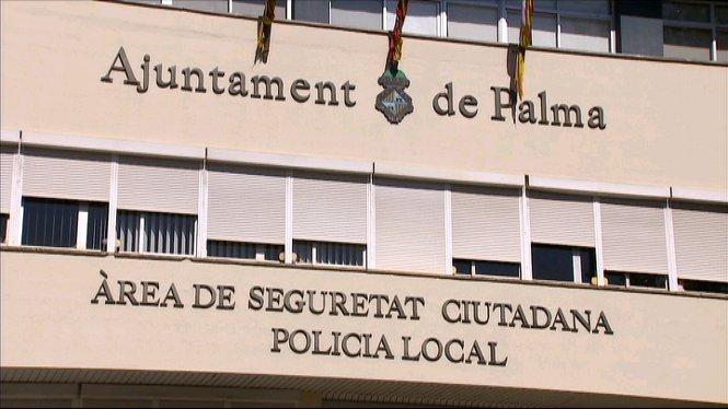 La+Policia+Nacional+ha+detengut+10+persones+a+Palma+per+haver+falsificat+contractes+a+trav%C3%A9s+d%27empreses+fict%C3%ADcies