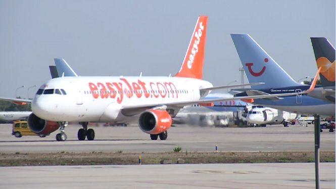 Aterratge+d%27emerg%C3%A8ncia+a+l%27Aeroport+d%27Eivissa+per+l%27avaria+a+un+motor