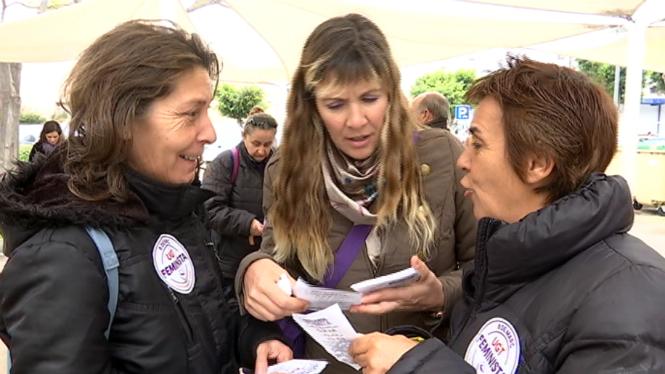 Piquets+informatius+a+Eivissa+per+la+vaga+feminista
