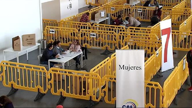 L%27Equador+celebra+una+consulta+popular+per+modificar+la+Constituci%C3%B3